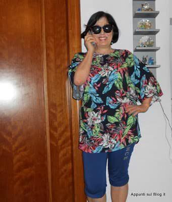 WalkTrendy: mini abito vintage e sottoveste multicolore 2 Moda