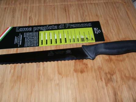 Premax: un coltello da pane e uno per il sushi 1 articoli da taglio