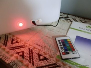 Cubo 16 LED colorati per interior design