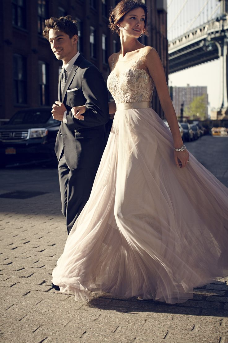 Smokin Hot Wedding Dresses Under 500