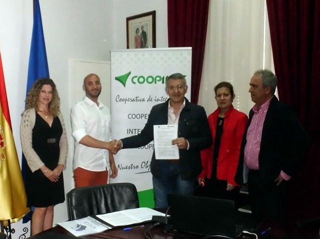 Firma de acuerdo con Coopinte