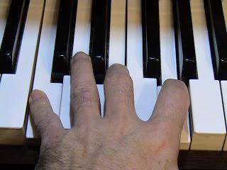 Escala re mayor . Ficha Sibelius. Acordes notas guia, arpegios. Mp3