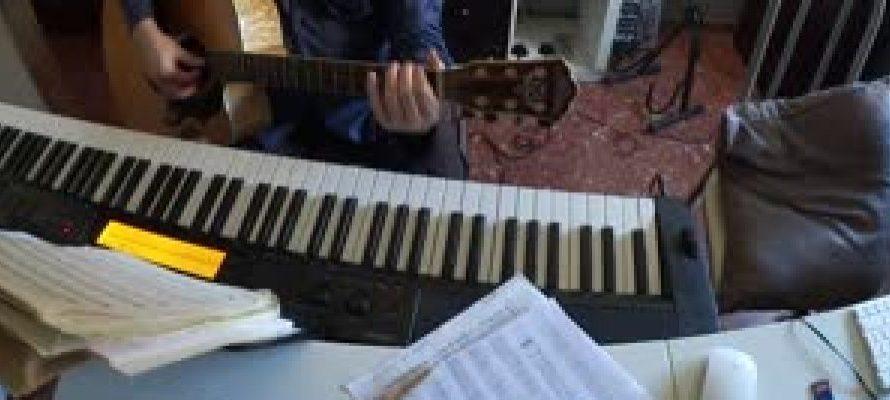 Otro año :aprender piano, iniciación.
