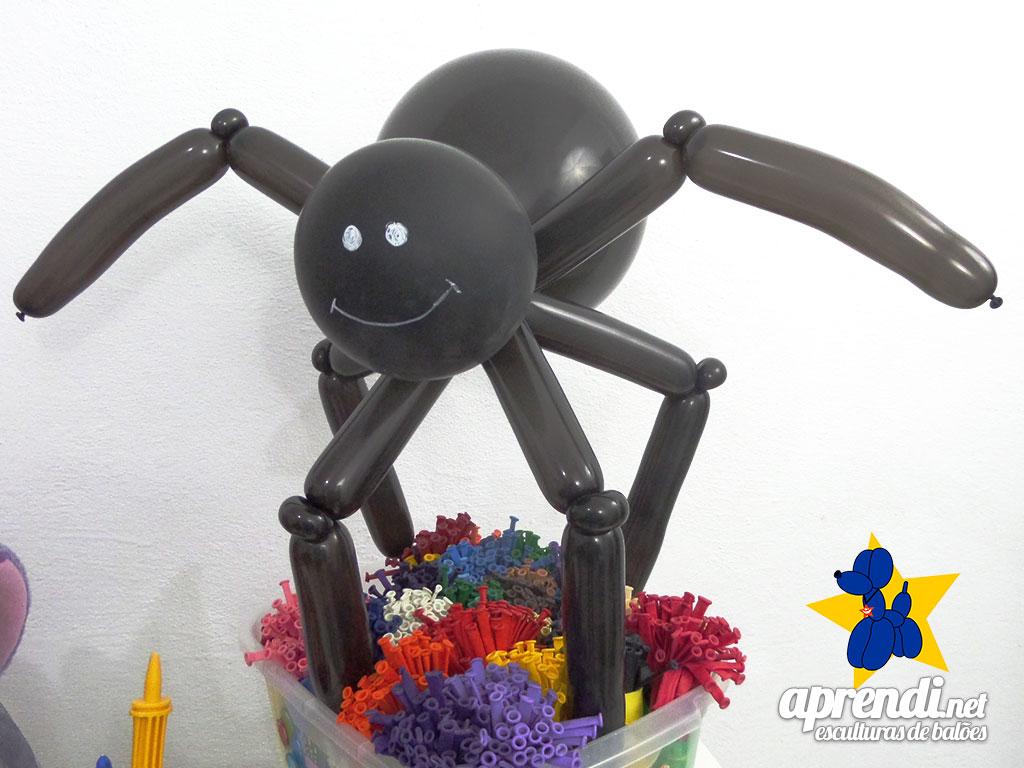 aprendi-net-esculturas-de-baloes-aranha-halloween-02
