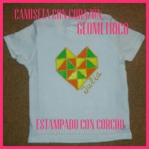 Camiseta de niña con dibujo de corazón geométrico. Reto papelísimo