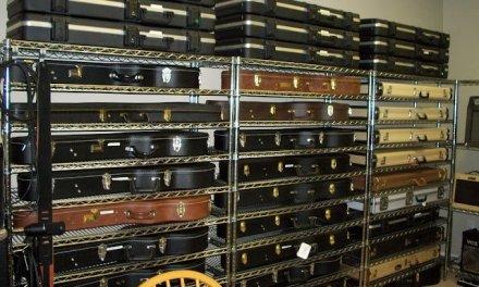 Cómo almacenar tu guitarra o bajo durante temporadas largas.