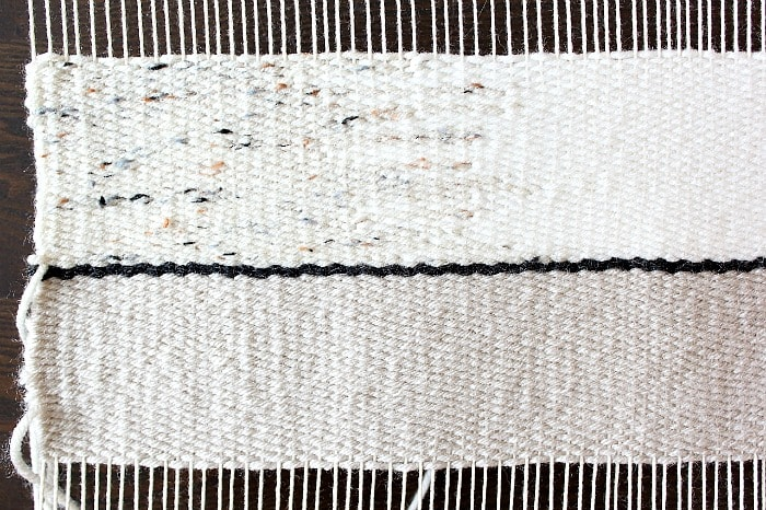 DIY Woven Pillow - hatching technique.