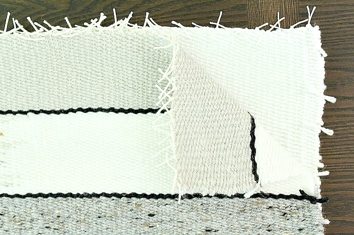 DIY Woven Pillow - place weavings together.