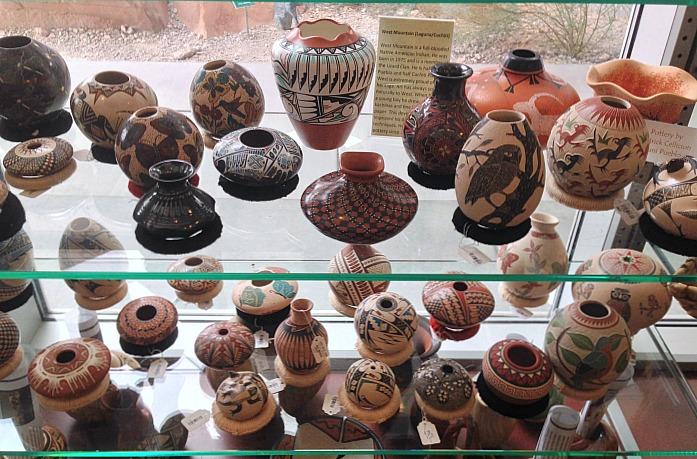 Las Vegas - Navajo Pottery