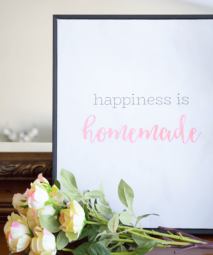 5 Simple & Creative Ways To Integrate Flowers In Your Home - Part of a Vignette