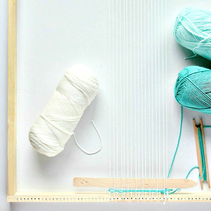 How To Make a Basic Loom - close up left