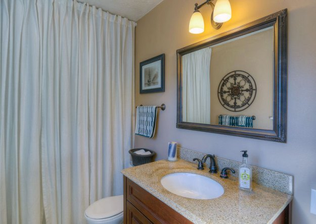 Riverdale-House-Bathroom