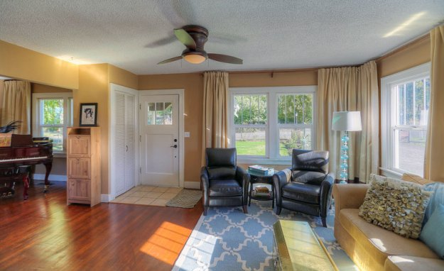 Riverdale-House-Living-Room
