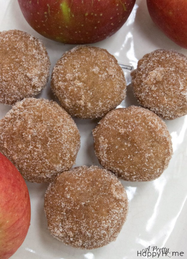 yummy muffin recipes - sprinkled with cinnamon