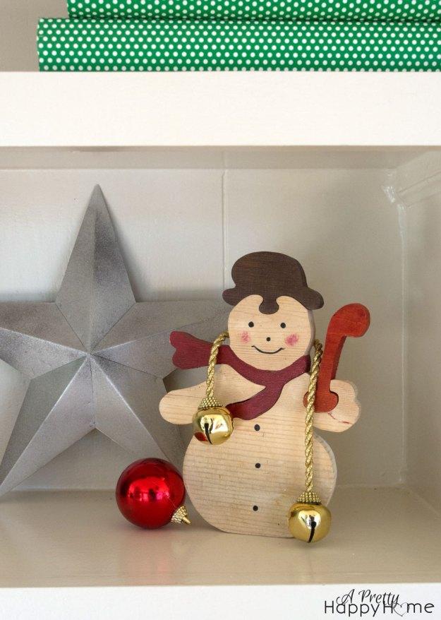 christmasshelves5