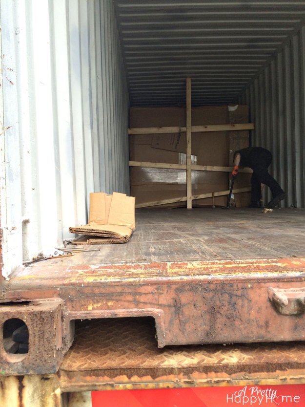 freight-container-moving-2