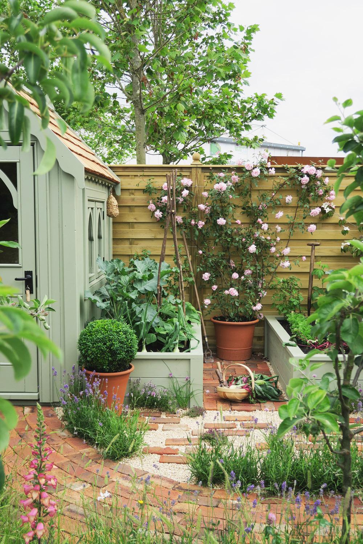 Gardeners World Live 2016 Show Gardens - Urban Nature