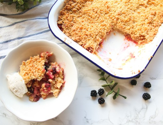 Apple and Blackberry Crumble Recipe