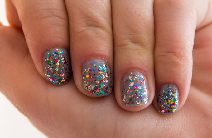 Manicure Monday – Bonnie by Luxe Lacquers & Happy Birthday by Deborah Lippmann