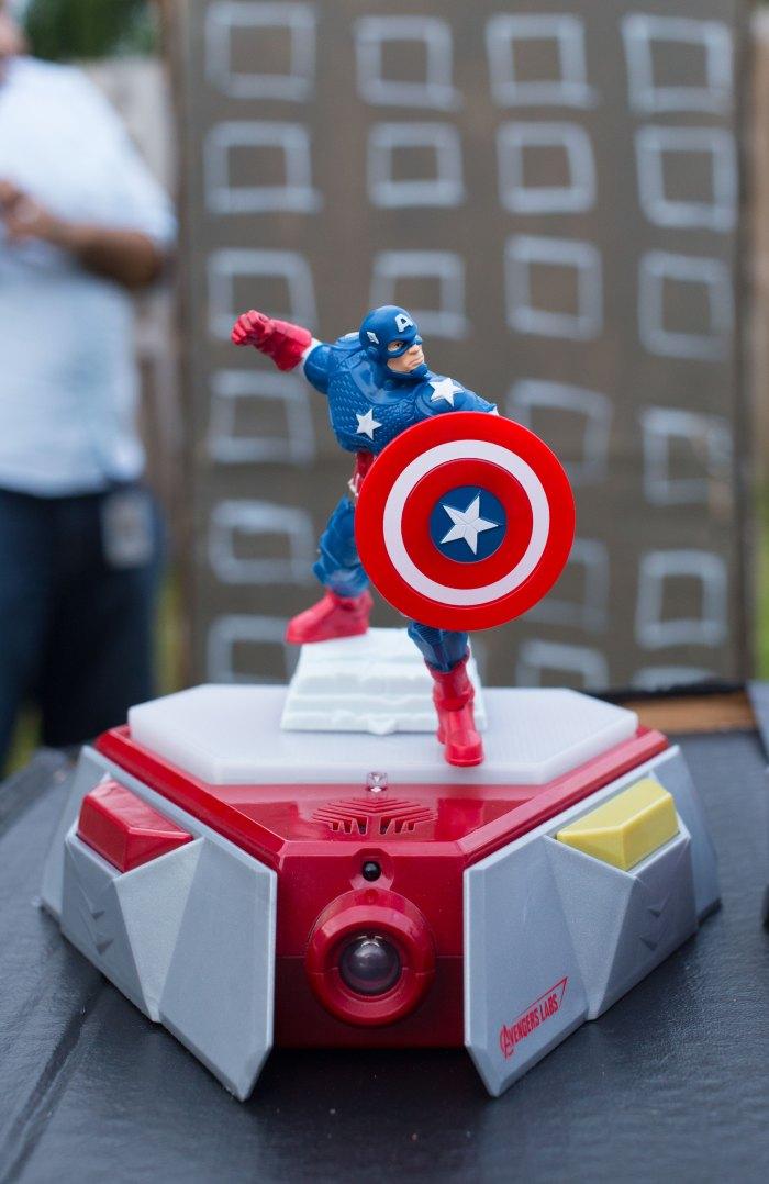 Playmation Captain America