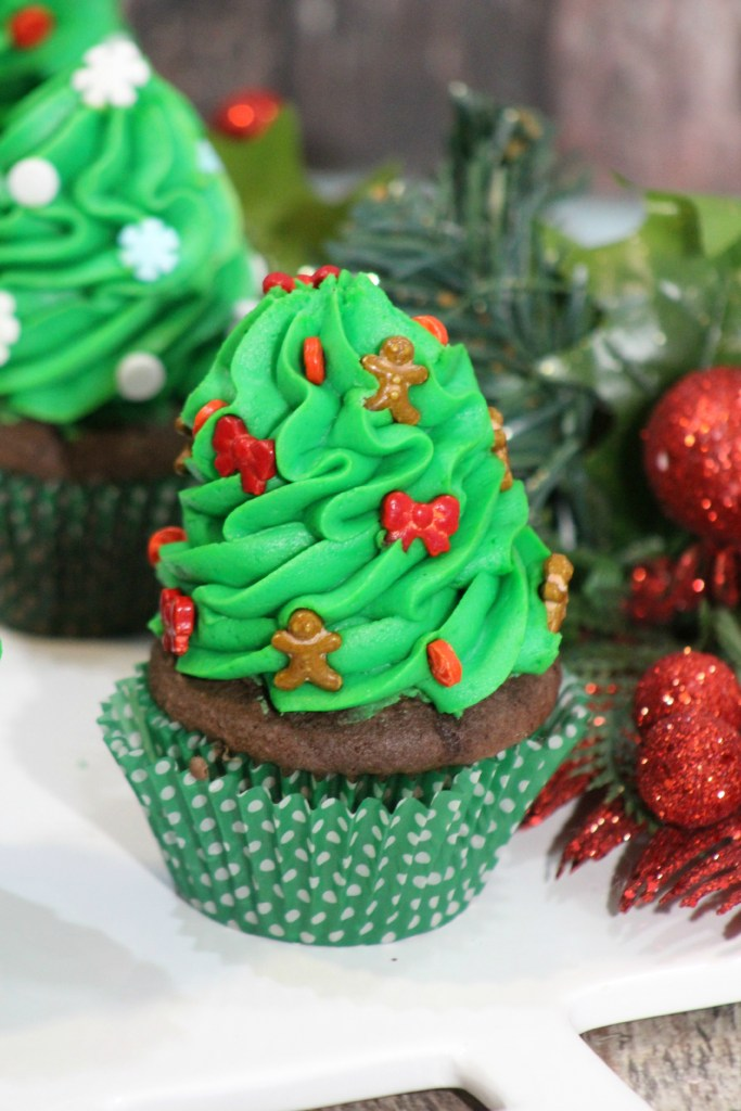 Christmas Tree Cupcakes 4-4