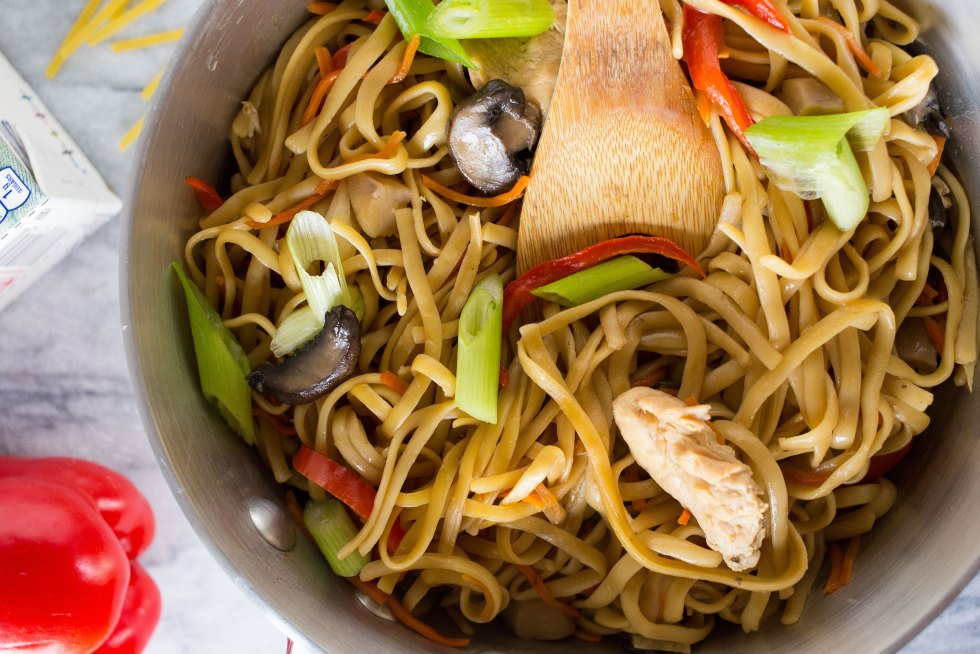 One Pot Chicken Lo Mein Recipe
