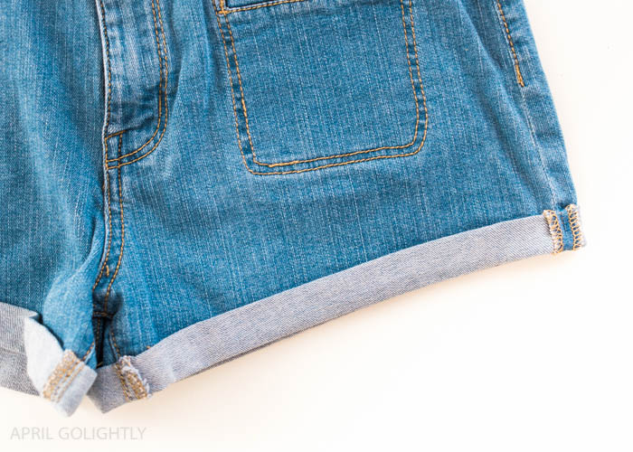 Hemming shorts (9 of 9)