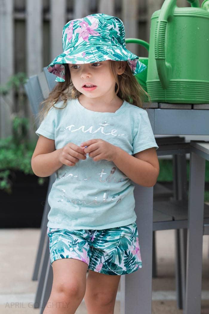Toddler Gardening (2 of 5)