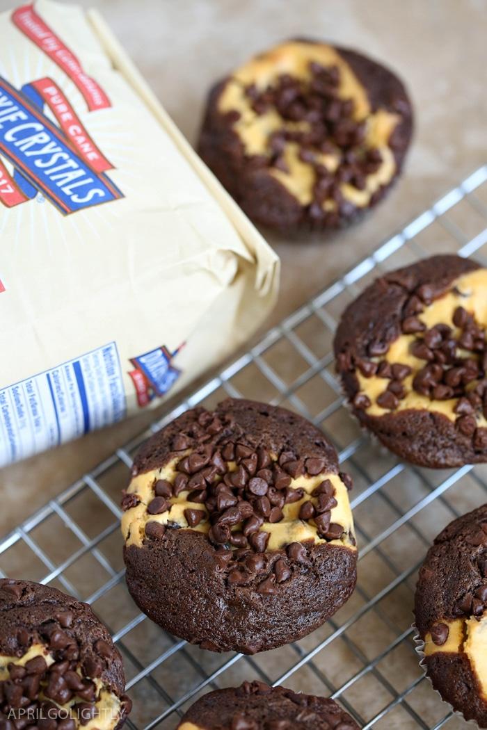 pumpkin-chocolate-cheesecake-muffins-12