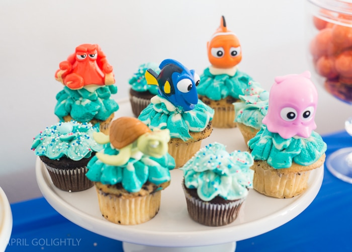 Dory Birthday Party Ideas with cupcakes