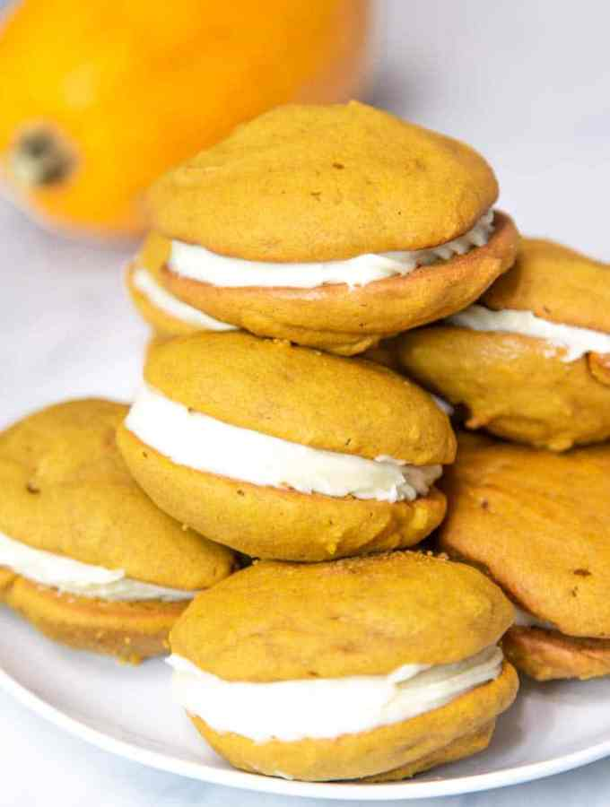 Pumpkin Whoopie Pies Recipe with Cream Cheese Filling