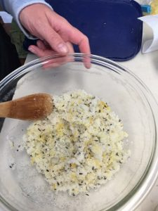 making sugar scrub on retreat
