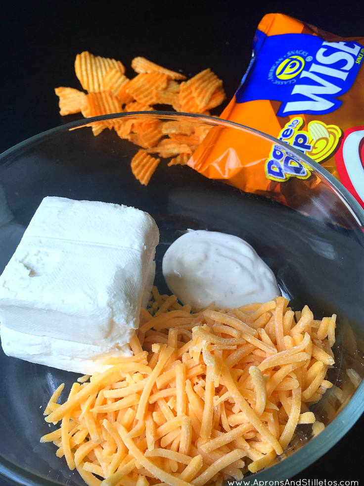 Sour Cream and Cheddar Cheese Dip Tailgate Recipe Ingredients