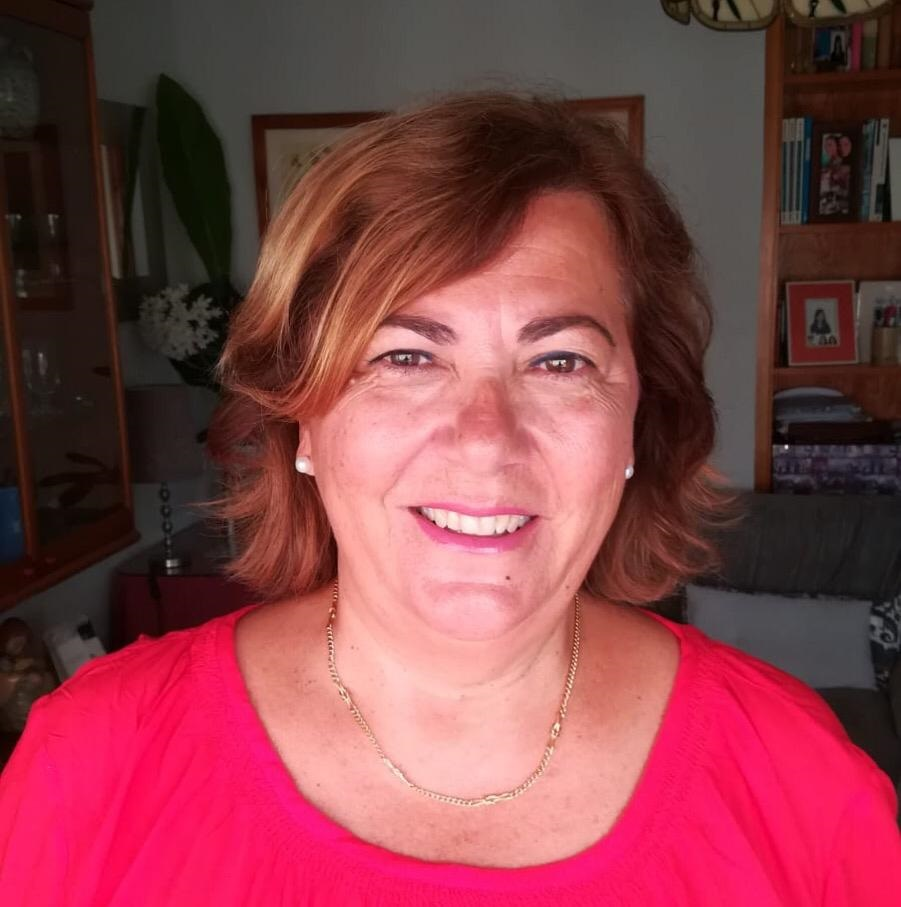 Dña. Elisa Fito Torres