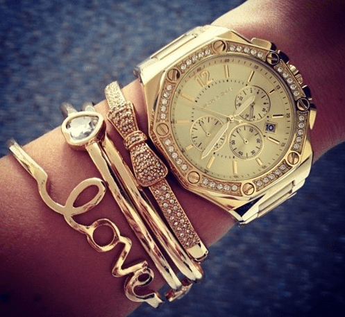 FREE Personalized Jewelry Collection and 50% Off Your First Purchase!!
