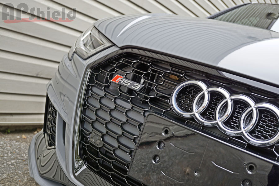 angled RS3 nardo grey front picture
