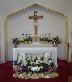 St. James Altar - Gallery