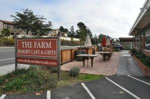 The Farm Bakery and Cafe