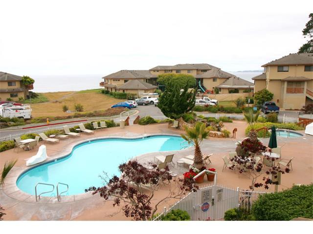 16 Seascape Resort Drive