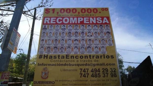 Painel com os 43 desaparecidos de Ayotzinapa. Foto: Leandra Felipe/Agência Brasil