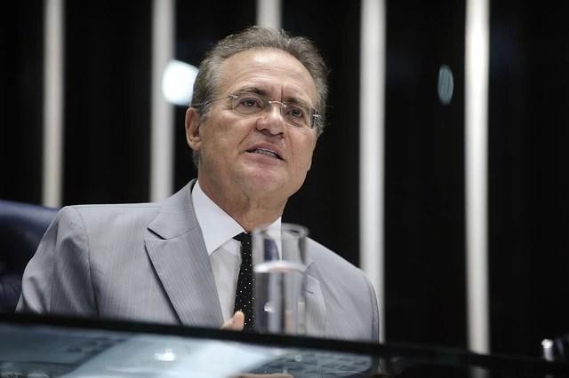 O presidente do Congresso, Renan Calheiros (PMDB-AL), fez um balanço das atividades de 2015