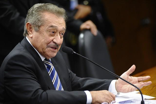 O senador José Maranhão (PMDB-MA), cotado para presidir a comissão do impeachment no Senado