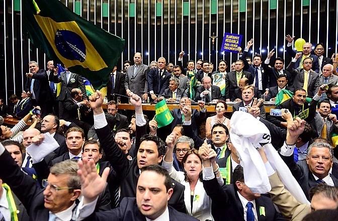 Votação do parecer sobre o pedido de impeachment de Dilma Rousseff, na Câmara