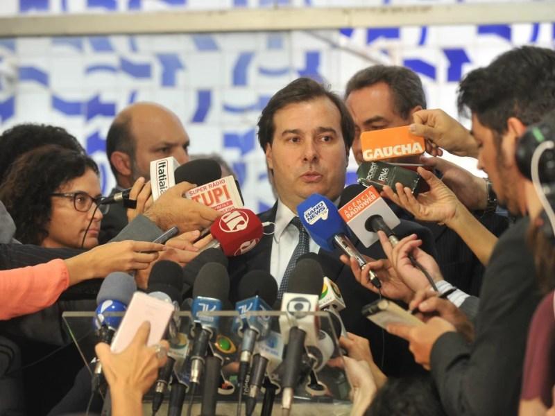 O presidente da Câmara, Rodrigo Maia (DEM-RJ), em entrevista coletiva sobre o projeto das 10 medidas contra a corrupção