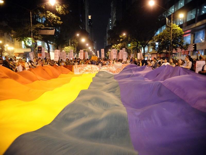 Passeata pelo Dia Mundial do Orgulho LGBT no Rio de Janeiro, em 2013: números sobre violência são subnotificados