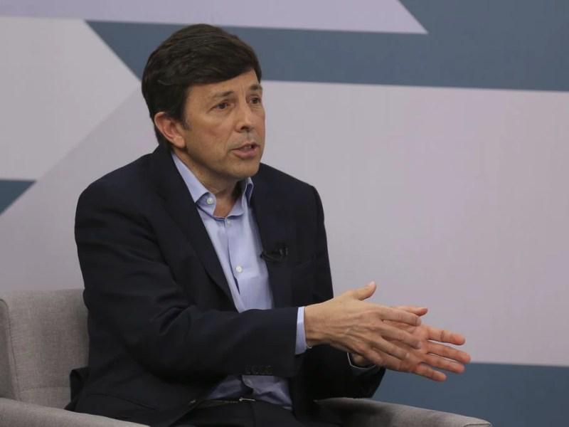 O candidato João Amoêdo (NOVO), em entrevista à EBC: post no Facebook fez comparação errada sobre salários de parlamentares