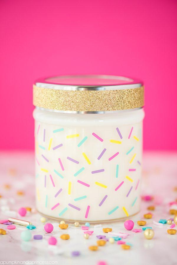 DIY Birthday Cake Candle | Mason jar gift ideas
