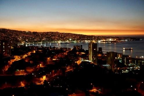Atardecer en Valparaíso visto desde el cerro Los Placeres