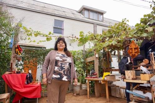 Blanca Coñuecar, artesana en madera. Comunidad We Folil Che.