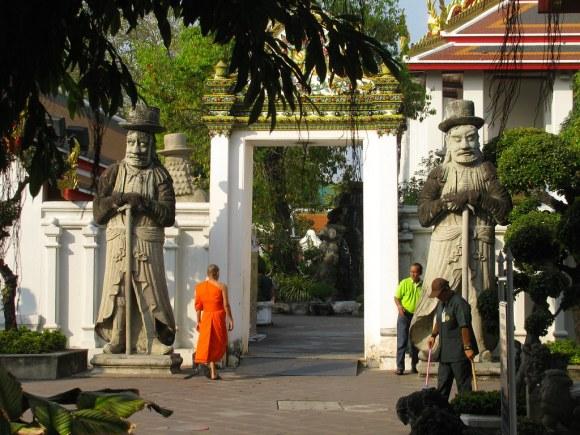 Monje en el Wat Pho